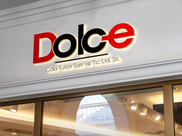 <span>DOLCE</span><i>→</i>